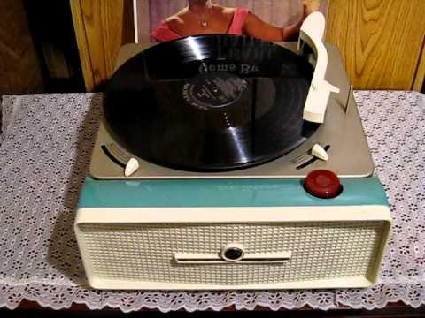Rare RCA 2-Speed 33/45 Record Player Model #9-ED-2LE
