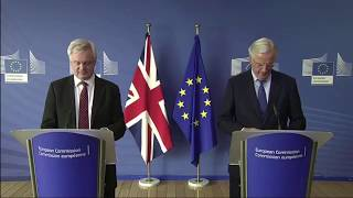 David Davis and Michel Barnier press conference ahead of the 4th round of Brexit talks - 25/09/2017