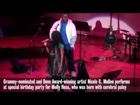 nicole-c.-mullen-helps-special-girl-celebrate-18th-birthday