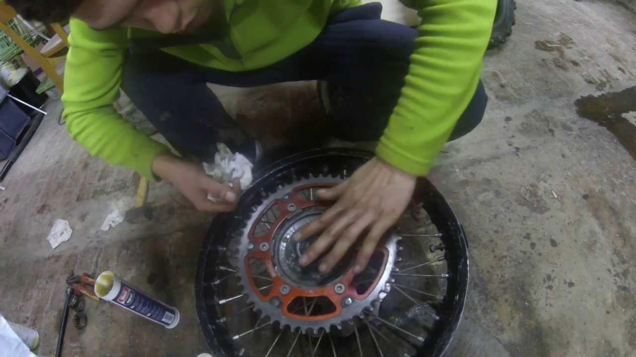 Comment changer ces roulements de roue et joints a l vres for Aphte levre interieur