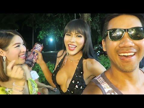 HOT CHICK or LADY BOY in Ao Nang Krabi Thailand?