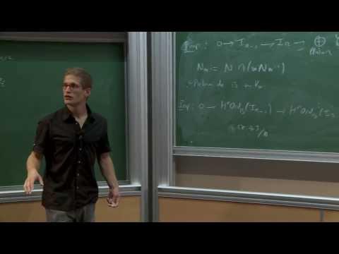 Extensions entre séries principales p-adiques et modulo p de G(F)