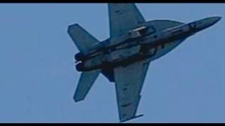 F18 Super Hornet  MACH/SHOCK Diamonds in flight  (slow motion)