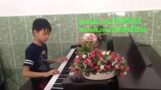 Lớp piano trẻ em Thủ Đức - Anh KIệt - Giờ ăn đến rồi [TT ÂN Upponia - Tự Học Piano.com]