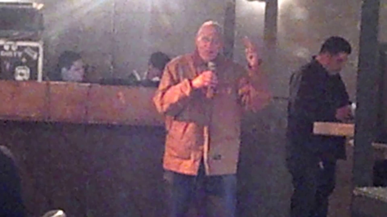 Old Dude Singing Let The Bodies Hit The Floor Drowning Pool Funny