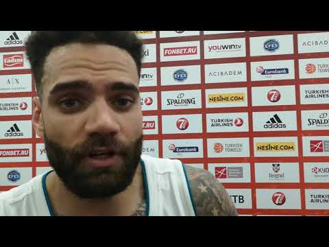 Jeffrey Taylor praises the performance of Luka Doncic