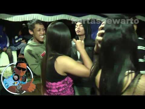 Dadi Pikiran - Night Dangdut Party 2010