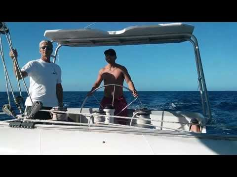 Sailing to Prickly Pear in Sint Maarten