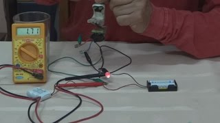 Cargador de Baterias sin Electricidad.----Battery Charger Without Electricity