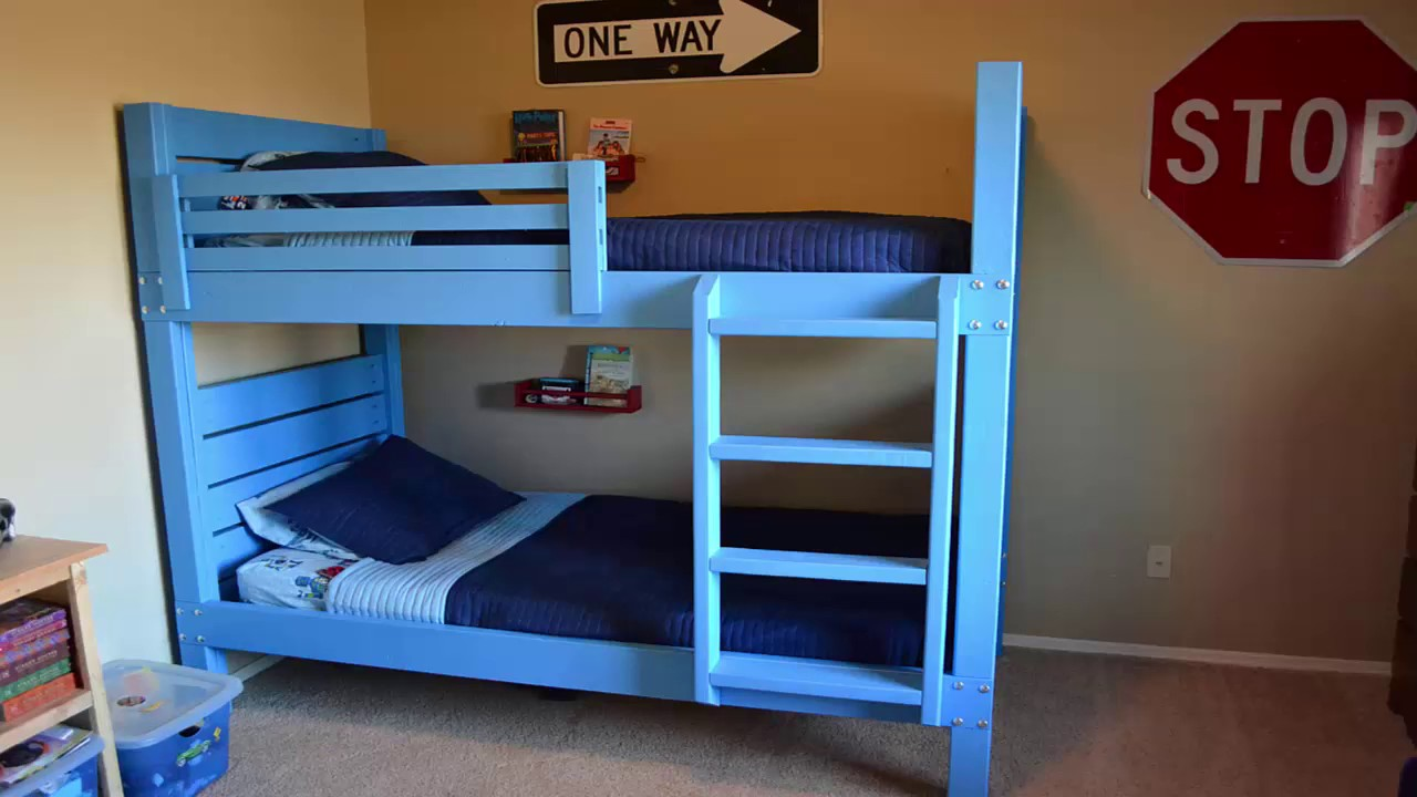 how to build pallet bunk beds youtube. Black Bedroom Furniture Sets. Home Design Ideas