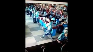 Amazing football skills from this Brazilian supermarket shopper