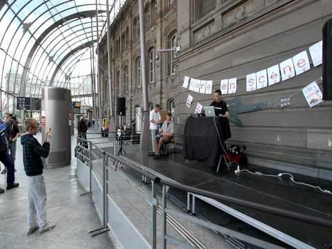 Fête de la musique Gare STRASBOURG 24/06/11. M-Tlor1802 Crew. Vidéo Jean-Luc POUSSIN