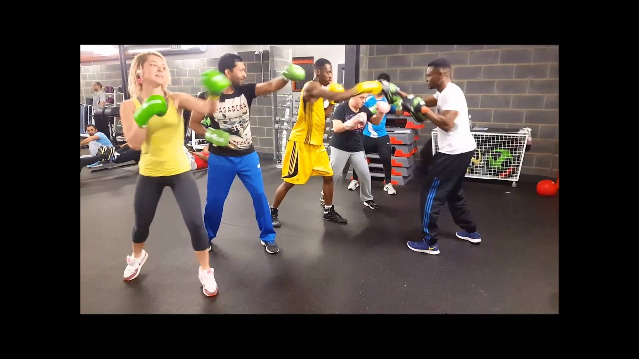 Small Group Boxing Training With Focus Mitts Pads Drills Boxing Pad Work Easygym Aboveboxing Youtube