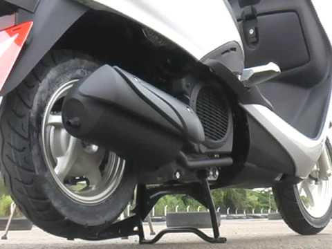 lan amento scooter honda lead 110 revista motociclismo. Black Bedroom Furniture Sets. Home Design Ideas
