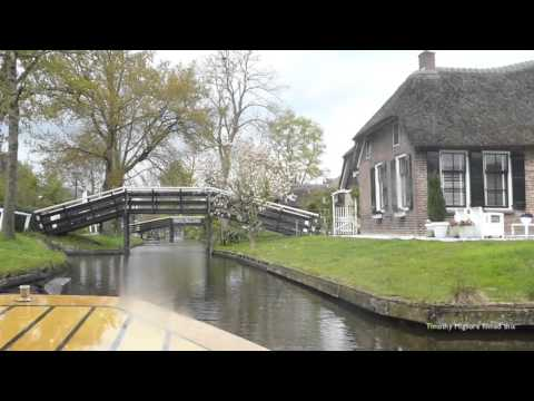 The Village of Giethoorn in Holland - The Venice of the North