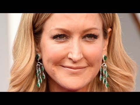 The Untold Truth Of Lara Spencer - YouTube