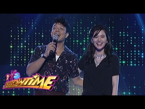 It's Showtime: Bela and Jericho visit the It's Showtime stage