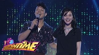 Video It's Showtime: Bela and Jericho visit the It's Showtime stage download MP3, 3GP, MP4, WEBM, AVI, FLV Agustus 2018