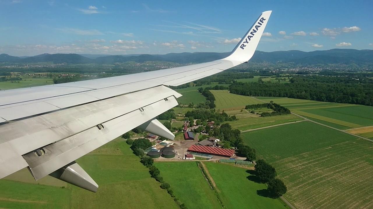 Ankunft Baden Airport
