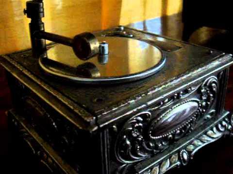 ANTIGUA CAJA MUSICAL VITROLA #75