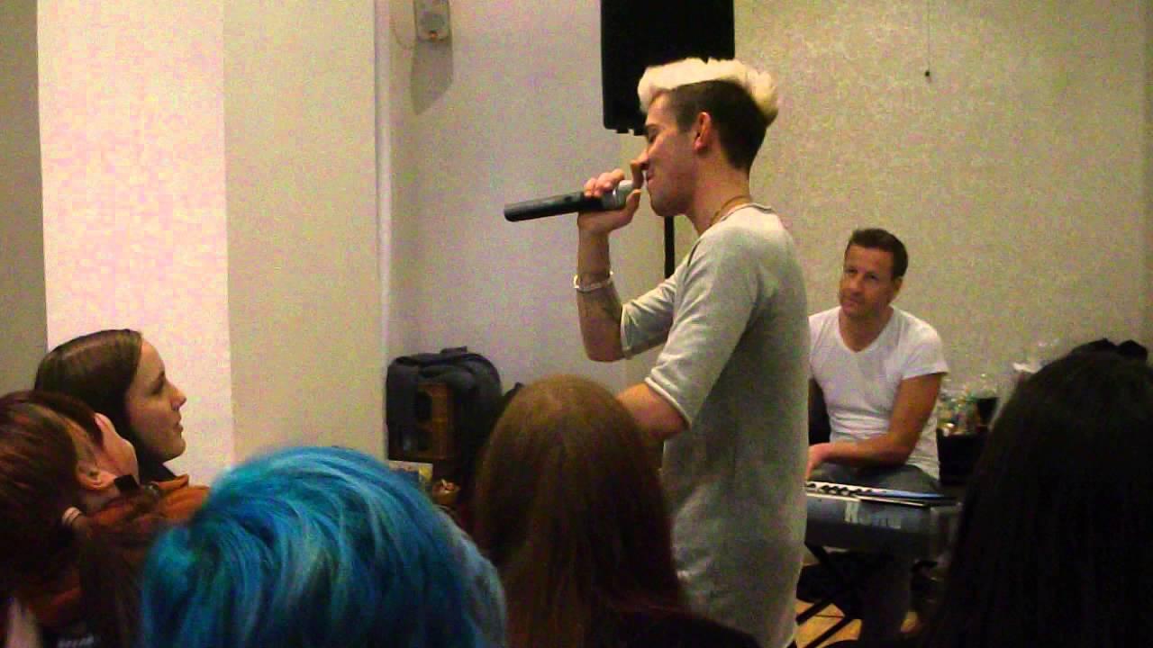Daniele Negronie Live Beim WZK