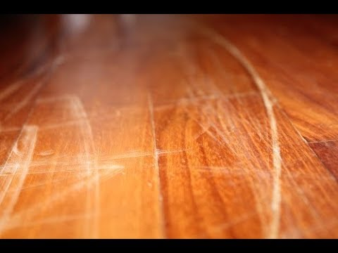 Как убрать царапины с глянцевой поверхности, мебели