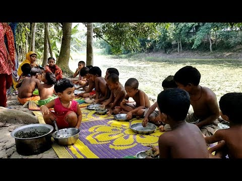 Fish Head & Arum Spinach Mashed Cooking By 3 years Kids & Team - Tasty & Healthy Village Food