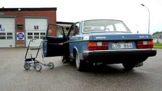 Grandpa taking his Volvo 240 Turbo for a drive (FUNNY)