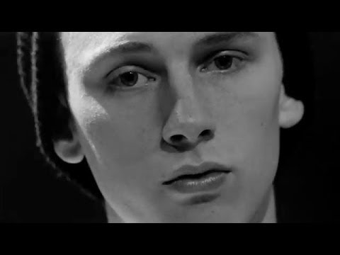 Machine Gun Kelly - Runnin'  (Music Video) (Ft. Planet VI)