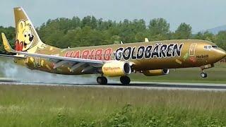 Das Haribo Goldbären Flugzeug Boeing 737-800 bei Landung und Start. Haribo Werbung  Aircraft .