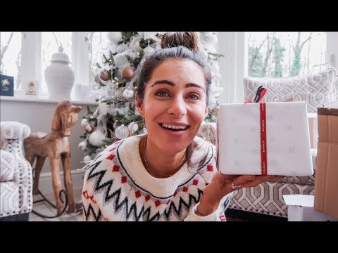 HUGE CHRISTMAS UNBOXING | CHRISTMAS WITH THE MILLEN-GORDONS  DAY9