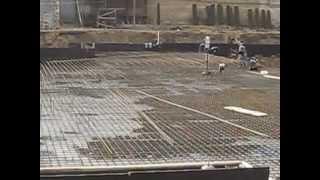 Армирование фундаментной плиты(Вязка арматурного каркаса фундаментной плиты с одновременным отводом морской воды с котлована., 2013-01-14T07:26:45.000Z)
