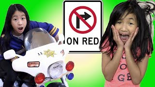 Pretend Play Police Use LIE DETECTOR TEST on NO TURN ON RED DRIVER