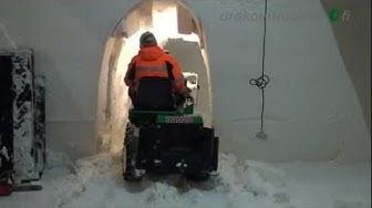 Täyspäiväisesti LumiLinnaa rakentamassa Kemissä