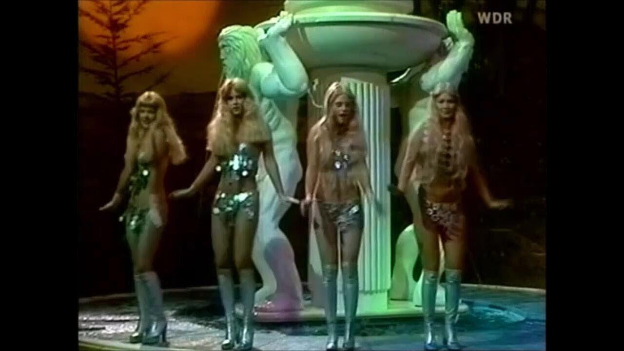 Gogo-tänzerinnen musikladen Plattenküche tänzerin