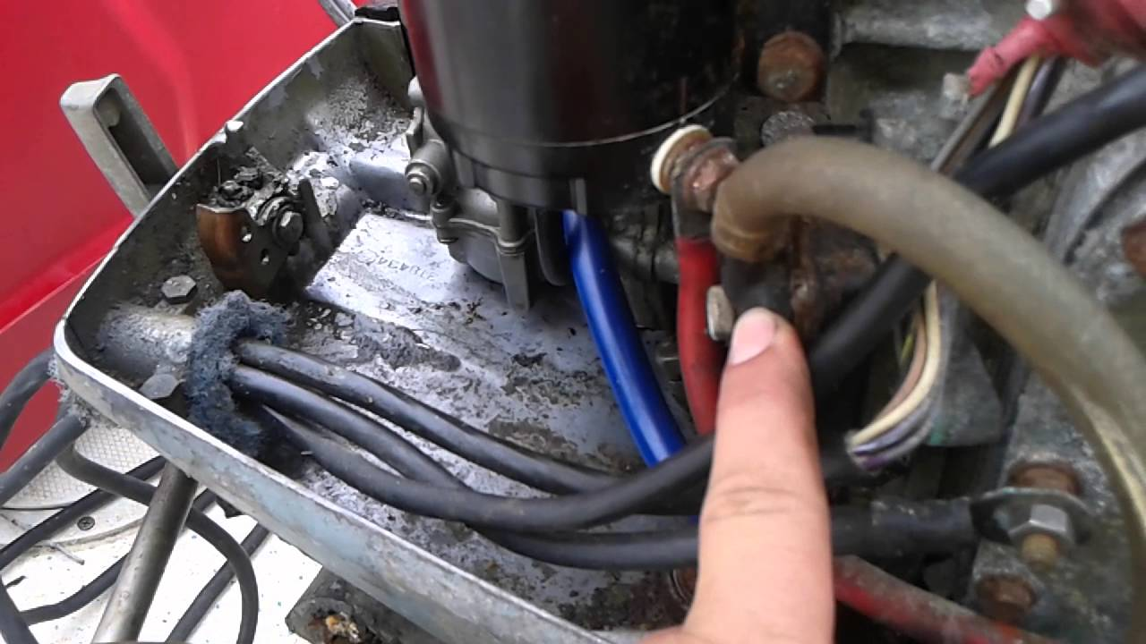 90 Hp Mercury Outboard >> Old 70 horsepower Johnson having problems with the fuel ...