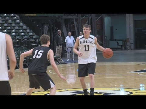 Barr-Reeve enjoys practice at Bankers Life Fieldhouse