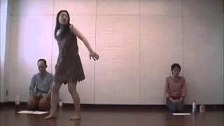 関西で活躍するコメディエンヌ・是常祐美の一人芝居です。コントユニッ...