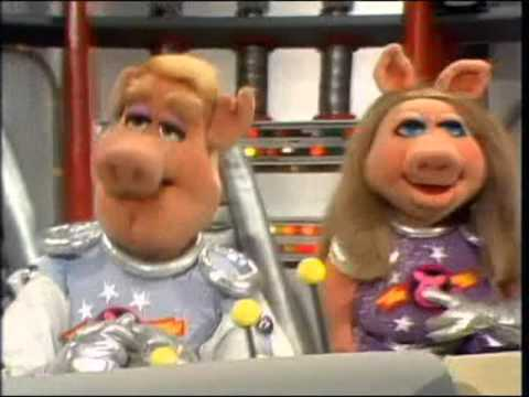 The Muppet Show Compilations - Episode 40: Pigs in Space (Part 1)