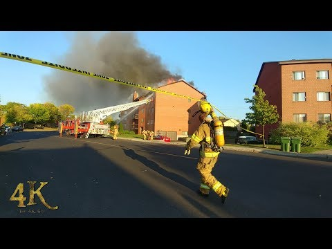 Montreal: Heavy fire burns through roof of Pierrefonds apartment building 9-24-2017