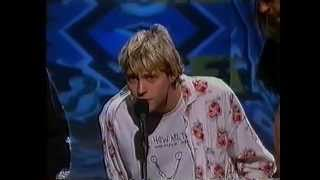 Repeat youtube video Nirvana - Best New Artist acceptance ( MTV  Video Music Awards 1992)