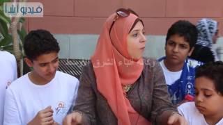 بالفيديو إحدى مسئولى المتحف المصرى تشرح للأطفال كيفية مقتل الملك إزيس