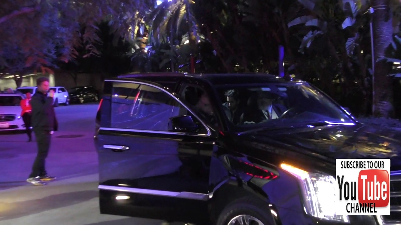 Bruno Mars Cadillac >> Bruno Mars Outside The Jingle Ball At Staples Center In Los Angeles