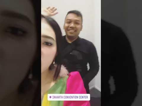 Via Vallen Persiapan perform di Jakarta Convention Center
