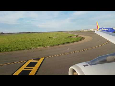American Airlines A320 Taxi and Takeoff from Sacramento, CA