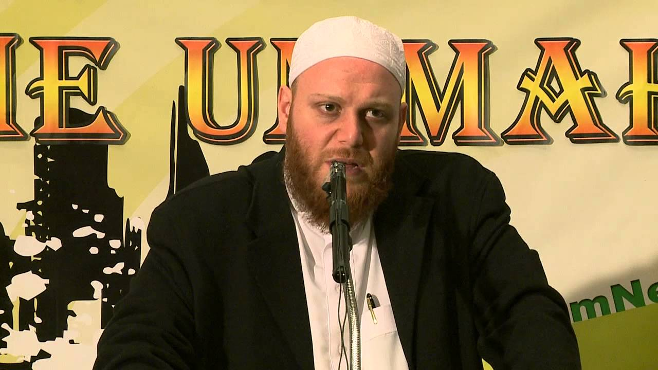 Can one pray behind an Imam who is following another praying schedule? - Q&A - Sh. Shady Alsuleiman