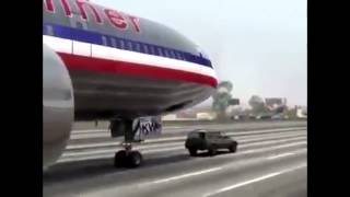 American Airlines DC-10 Flight 405 Emergency Landing on Road