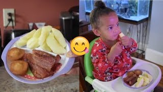 WHAT MY TODDLER EATS IN A DAY!
