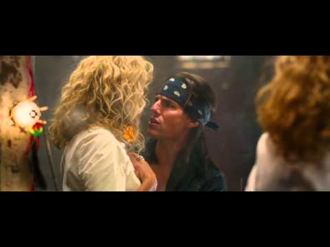 Tom Cruise & Malin Akerman singing