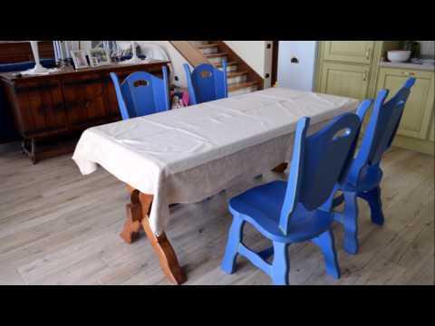 Комод ,угловой компьютерный стол ,стулья.